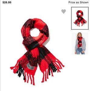 Nwt Victoria Secret scarf 🧣